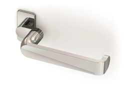 The Window Outlet introduces Venice inspired Purity door handle by Reynaers