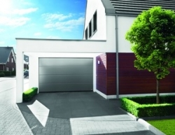 Dekko opens new doors for Emerald Windows with first Räum garage door sale