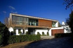 """Contemporary new-build in Wimbledon has the """"wow"""" factor"""