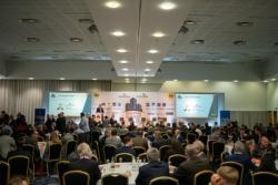 "Industry elite gathers at ""pivotal"" Glazing Summit 2021 (Glazing Summit)"