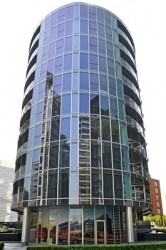 New landmark high-rise in South West London, supplied by Hueck UK