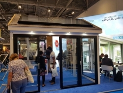 Roof Maker wows show-goers with best-in-class roof glazing
