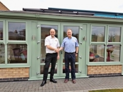 SupaLite customer SolarFrame extend supplier partnership